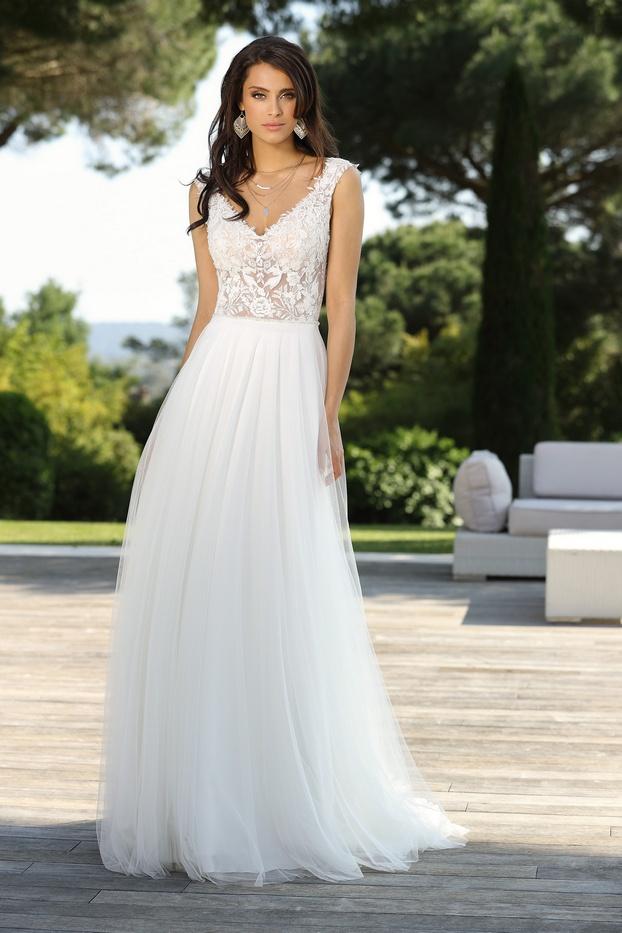 320041-04166-Transparante-trouwjurk-met-kant-doorzichtig-lijfje-Ladybird-bruidsmode